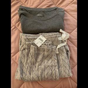 Fuzzy Fleece Grey Pajamas Set - Long Sleeve,Pant M